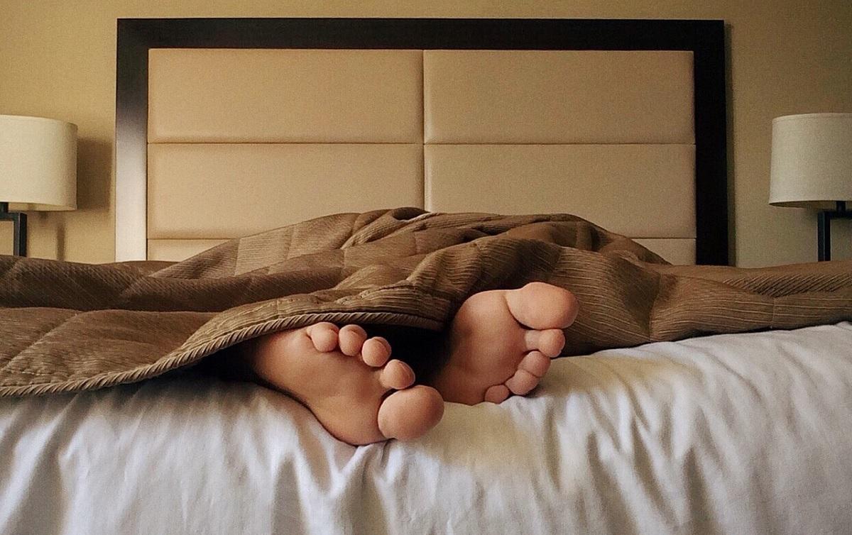 Primeiras quatro horas de sono são as mais importantes, diz estudo