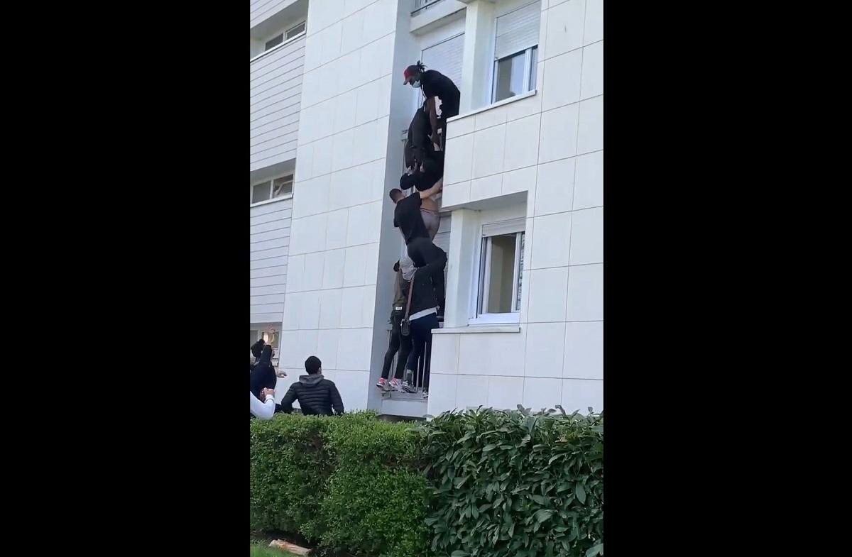Heróis franceses: jovens escalam prédio para resgatar família de incêndio