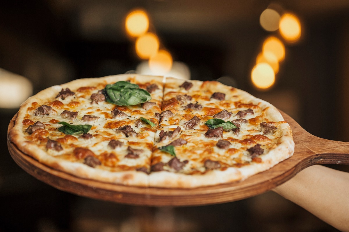Sabia que a pizza é um dos alimentos considerados viciantes?