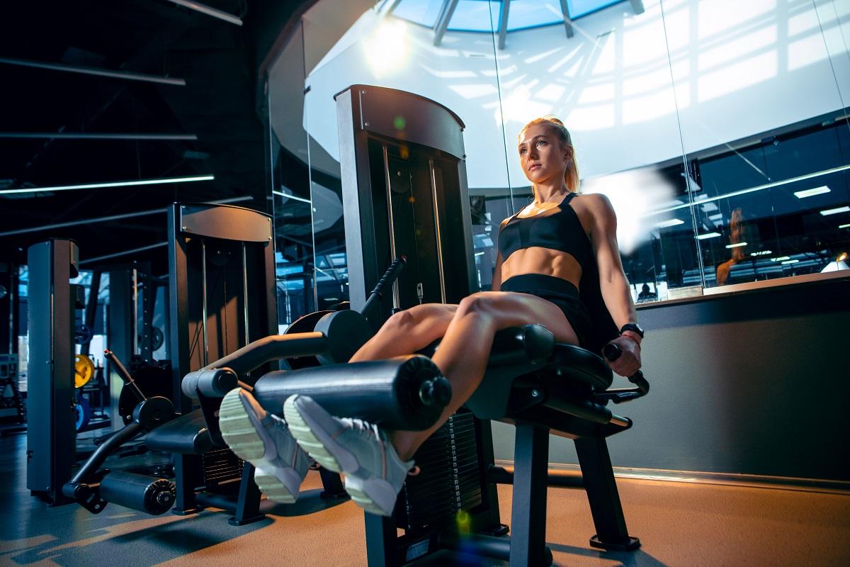 Praticar musculação com frequência pode aumentar risco de esclerose lateral amiotrófica