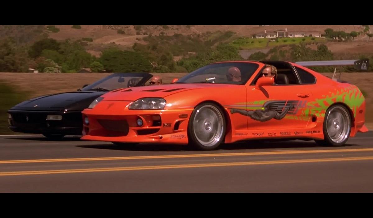 Toyota Supra 1994 dirigido por Paul Walker em Velozes e Furiosos é leiloado nos EUA