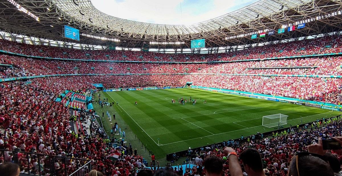 Torcedores confundem Budapeste com Bucareste e perdem jogo da França