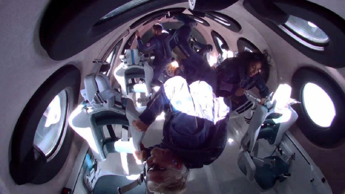 Afinal, Richard Branson alcançou o espaço com o avião da Virgin Galactic?