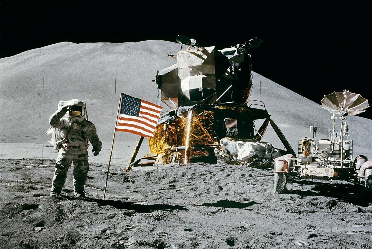 Cientista diz que módulo da missão Apollo 11 estaria orbitando a Lua