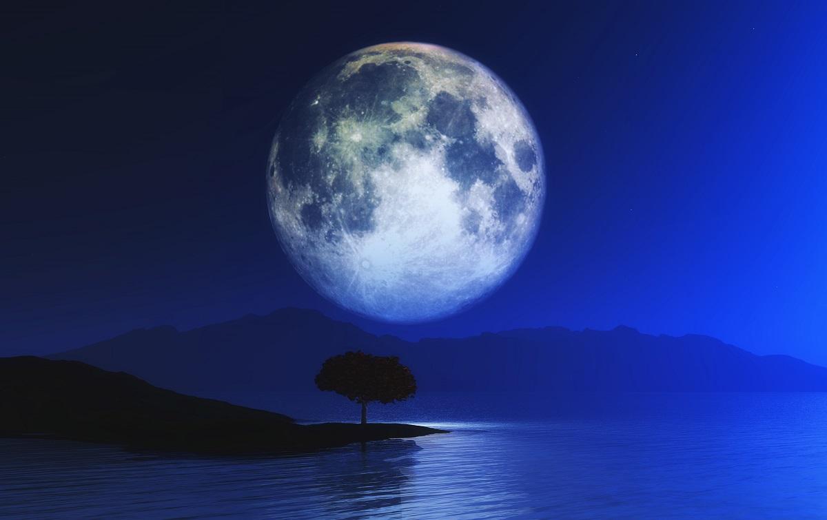 """Não perca a """"rara"""" Lua Azul nos dias 21 e 22 de agosto"""