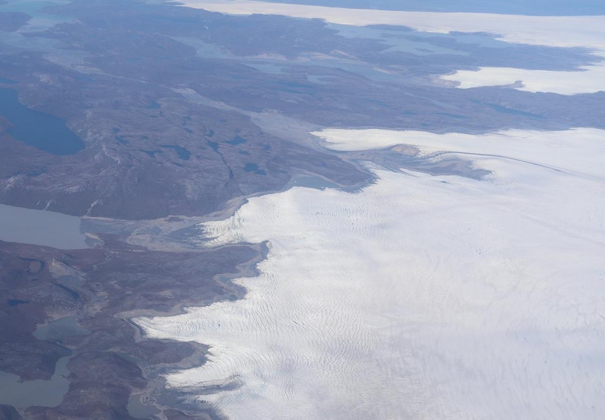 Groenlândia registra chuva forte numa área que só nevava