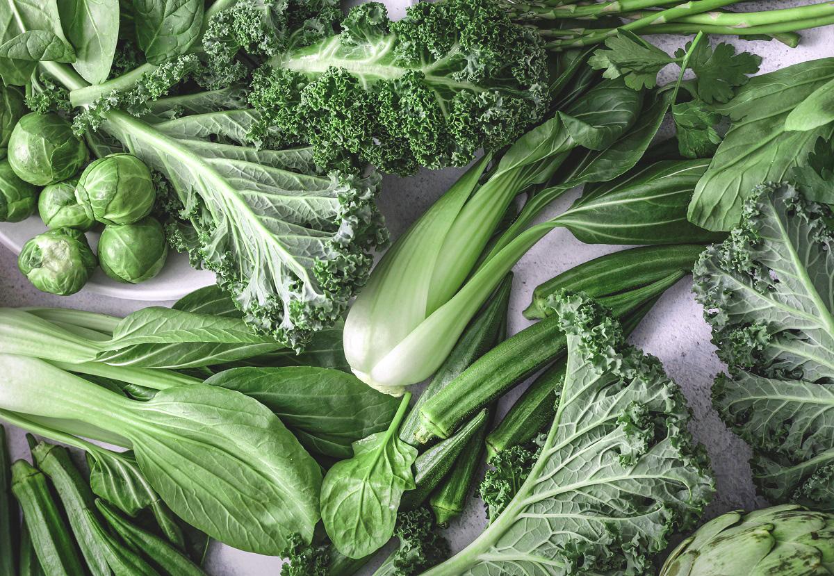Comer espinafre, couve e beterraba pode fortalecer as pernas