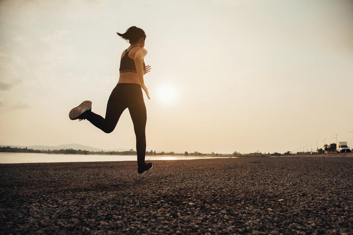Dar 7.000 passos por dia pode reduzir risco de morte, diz estudo